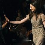 Anne Hathaway férjhez megy, és nem a mozivásznon