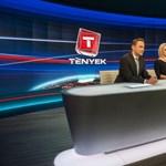 Állami támogatású díjat kapott a TV2, Kökény-Szalai Vivien hírigazgató a Parlamentben vette át