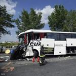 Itt vannak részletek az M0-son történt tegnapi  súlyos buszbalesetről