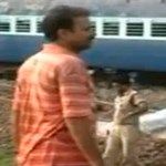 Robbantás miatt ütközött két vonat Indiában, sok halott