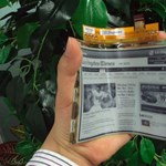 Már akár áprilisban is olvashatjuk az LG ultra hajlékony, e-papír képernyőjét