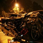 Ilyen, amikor ripityára törik a Ferrari 458 Italia – fotók, videó