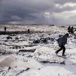 Menetelés a fagyban: menekültek drámája a határon