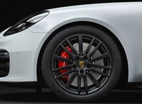 Kombiként is kapható a 460 lóerős új Porsche Panamera GTS
