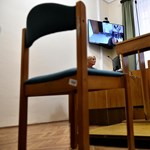Újra felmentették a bíróság elé állított pécsi hajléktalant, a rendőrség fellebbezett – videó