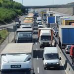Több napos káoszra számíthatunk az autópályákon