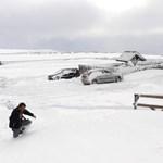 Rendkívüli tanítási szünet a havazás miatt: százhatvan brit iskola zárt be