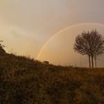 A nyárinál is tökéletesebb szivárványokat fotóztak a Dunántúlon – fotó, videó