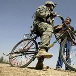 Háromezer katonát hagyna Irakban az USA
