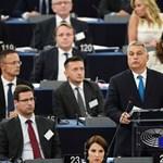 """Német konzervatív lap: """"ha a Fidesz nem akar távozni, ki kell zárni"""""""