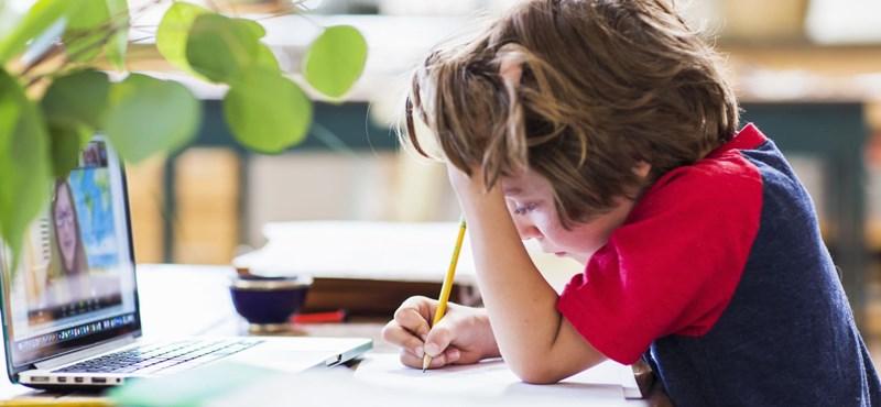Kiégés veszélyezteti a digitális oktatásban tanuló diákokat