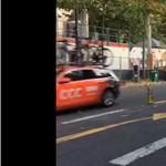 Végigvillogta az egész Tour de France karavánját egy párizsi traffipax - videó