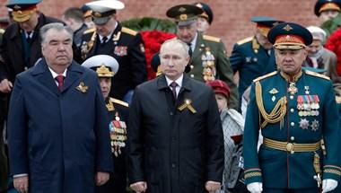 """Putyin fenyegetően üzent azoknak, akik """"a II. világháború tanulságait elfelejtve ismét agresszív terveket szőnek"""""""
