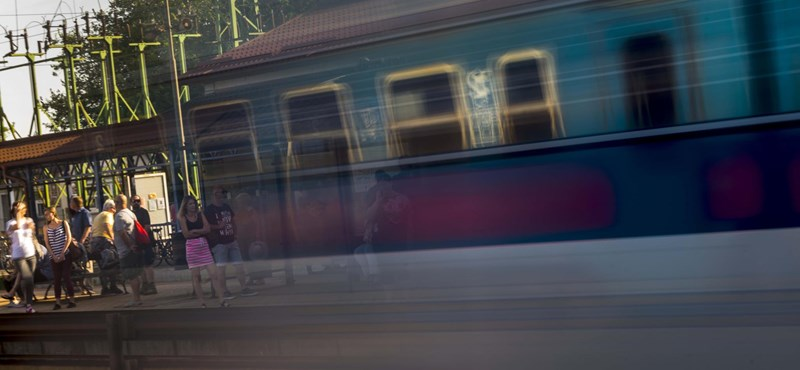 Embert gázolt a vonat a Józsefvárosban