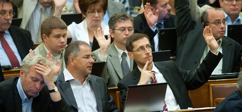 Pokorni: elvesztegetett év volt a 2010-11-es az oktatásban