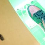 Csak bele kell tenni egy dobozba a cipőt, és rögtön kiderül, tényleg márkás-e