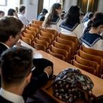 Több ezer diákra vár fontos vizsga, kezdődik az őszi érettségi