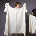 Gyapjúbugyogótól a férfi fűzőig: szombaton nyílik a londoni fehérnemű-kiállítás