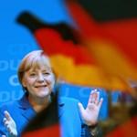 Angela Merkel, az imádkozó sáska új áldozatot keres