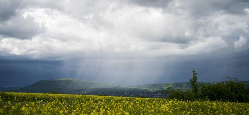 Borongós időjárás, új szabályok és menetrend - becsengettek az új tanévre