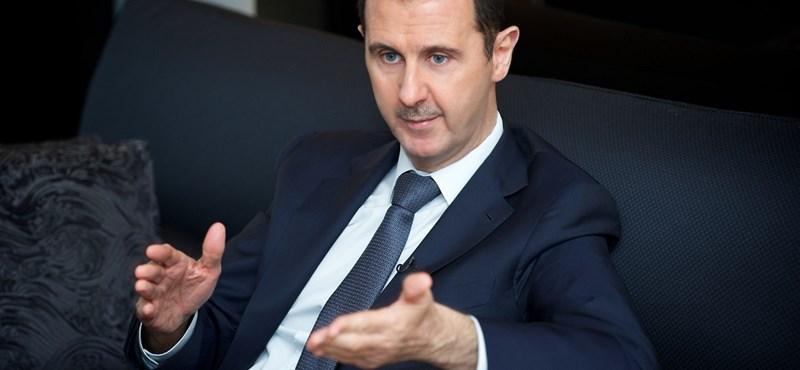 Aszad amnesztiát adna a szíriai ellenzéknek, ha leteszik a fegyvert