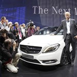 Viszik a Mercedeseket, mint a cukrot
