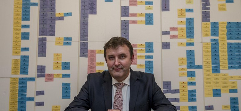Palkovics: Miért fenyegetném meg az Akadémia elnökét?