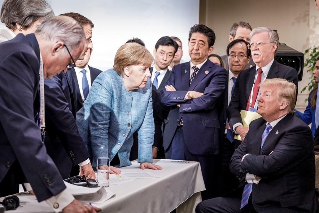 Trump nagyítás afp Merkel G7 csúcs kanadában 2018 június 9
