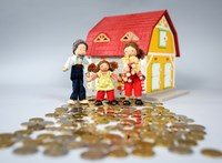A kormány miatt állt meg az ingatlanpiac, de hamarosan kiengedi a féket