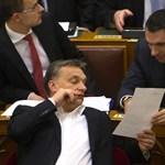 Lázár: Abszurd, hogy a miniszterelnök felelős a krétahiányért