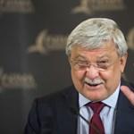 Csányi Sándor a FIFA alelnöke, korrupt sportvezetőt vált