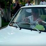 Így hajtotta meg az ajándék Kispolszkiját Tom Hanks – videó