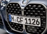 Hatalmas hűtőrács és mögötte egy gyönyörű kupé: itt az új 4-es BMW
