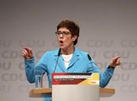 Meglepetésember az új német védelmi miniszter