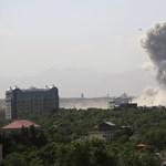 Gránátot dobtak egy ENSZ-járműre Afganisztánban, egy ember meghalt