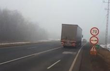 Menet közben kapott agyvérzést egy kamionsofőr az M1-esen