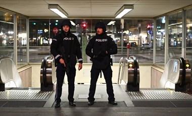 Terrortámadás Bécsben: három civil áldozat, egy fegyveres még menekül