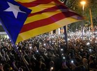 Összecsaptak a tüntetők a rendőrökkel Barcelonában