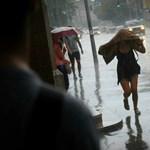 Vihar: több BKK-járat nem közlekedik, Ferihegyen is fennakadások vannak