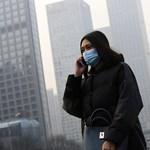 Pekingben már vörös riasztás van a durva szmog miatt