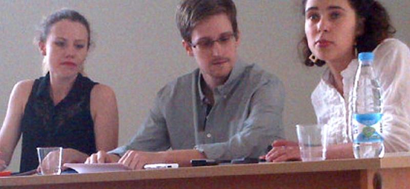 Eközben a Lajtán túl: celeb terrorista, NSA-egér, barna üledék