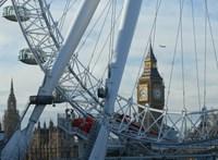 Több mint száz környezetvédőt vettek őrizetbe Londonban