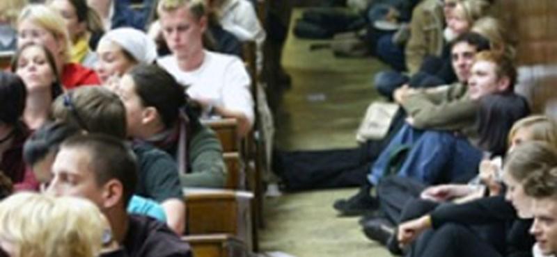Athénban is összecsaptak a hallgatók a rendőrökkel