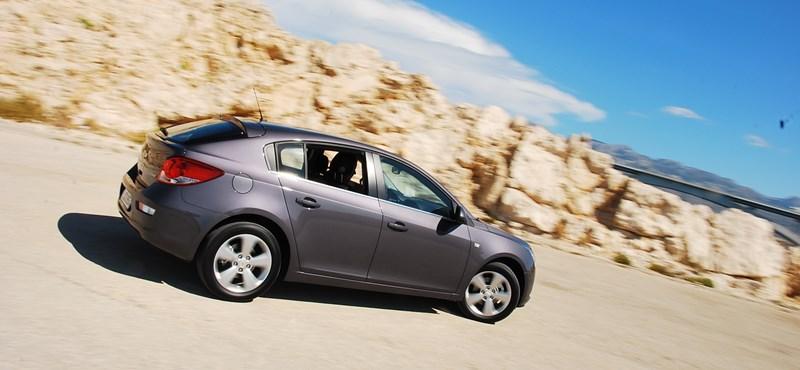 Chevrolet Cruze teszt: flottások, figyeljétek!