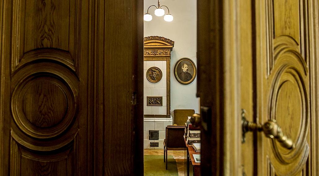 tg.2015.05.29. - Magyar Tudmányos Akadémia épülete 150 éves