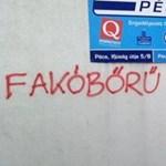 Két hete nem vakarták le a roma egyetemistákat gyalázó pécsi feliratot