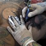 Mennyire lehet kínos, ha elírják a tetoválást? Ők tudnának mesélni