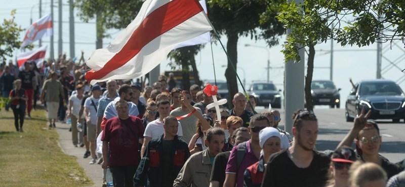 Ellenzéki vezetőket tartóztattak le Minszkben