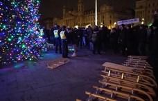 Öt tüntetőt tartóztattak le tegnap éjjel