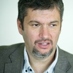 Már 270 ezren írták alá Hadházy petícióját az Európai Ügyészségről
